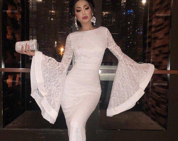 The Balloon Sleeve Full Lace Wedding Gown