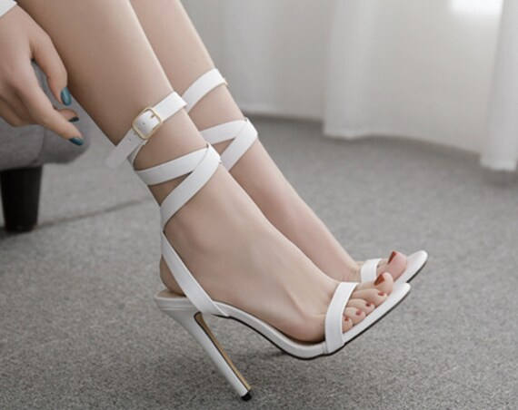 The Classic White Leather Strap Sandal