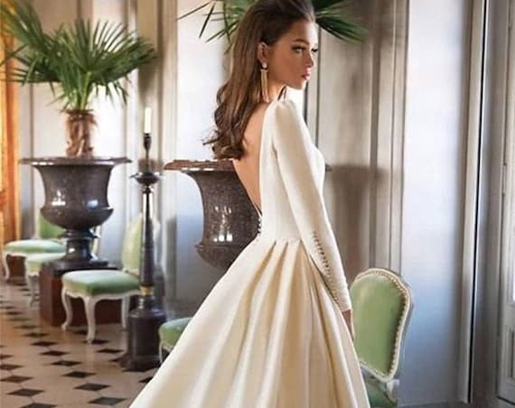 The Fiona Backless Wedding Gown