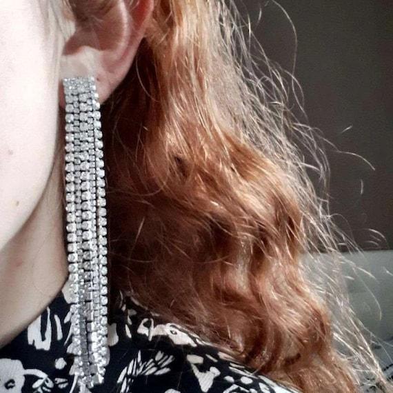 The Rhinestone Tassel Earrings