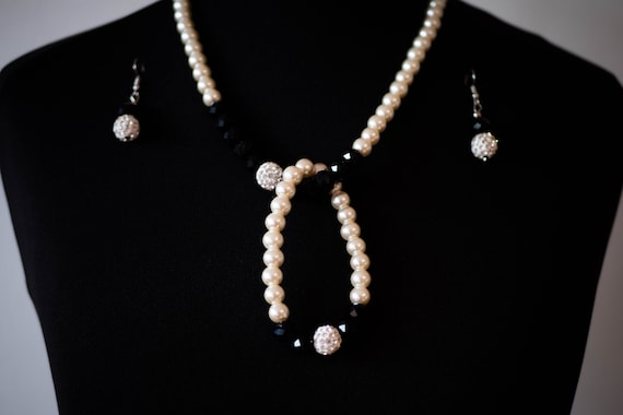 The Black and White Faux Pearl Necklace Earring Set