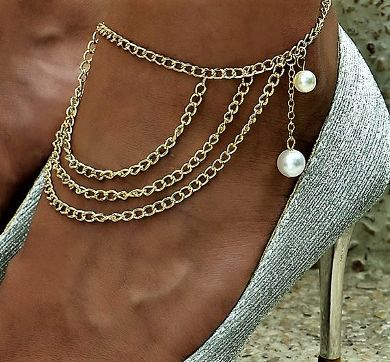 She Wore Pearls