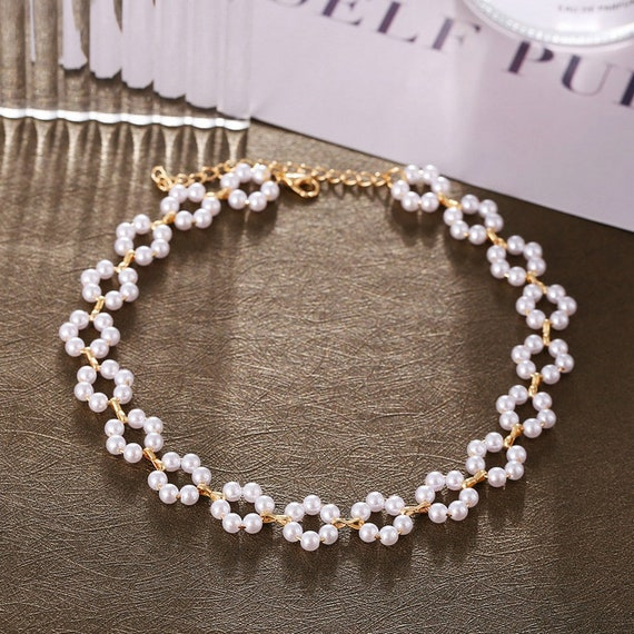 The Floral Pearl Choker