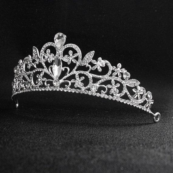 The Vintage Diamond Studded Bridal Tiara