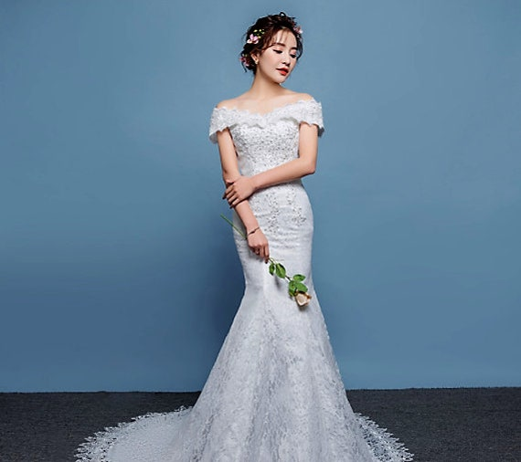 The Lace Embellishment Sheath Wedding Gown