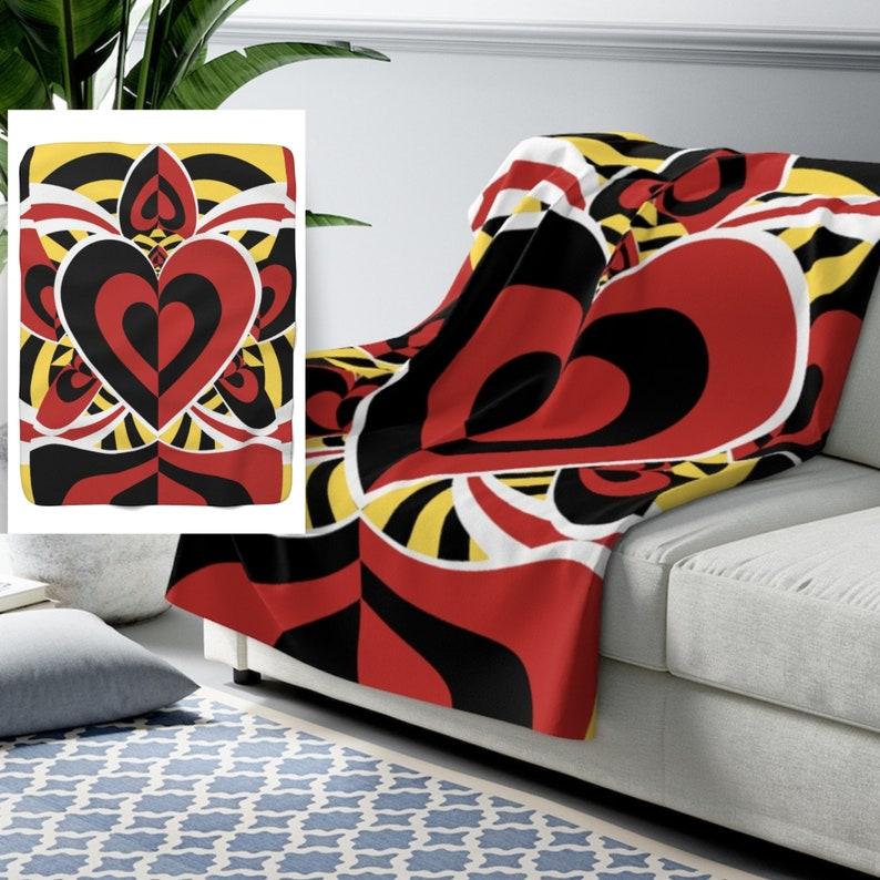 Queen of Hearts Blanket  Alice in Wonderland Blanket  Plush image 0
