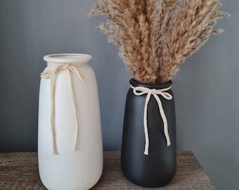 Black / White Vase | Nordic Style | Scandi Style | Boho Style | Vareity of styles / Sizes