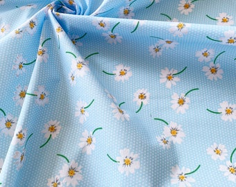Daisy Navy Floral Polycotton fabric Quilting patchwork bunting craft fabric