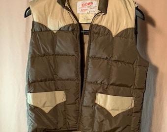 Forest Green Vintage Ski Vest Sleeveless Distressed Jacket Men/'s Medium M Zipper Minimalist