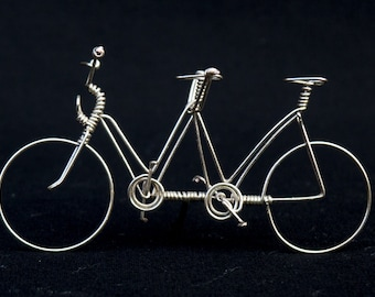 Tandem in silver wire