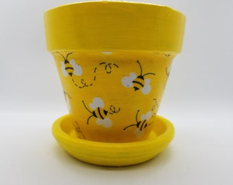 Made to order/ choose your size Bumblebee Decoupage Fabric Terracotta Pot / Choose size