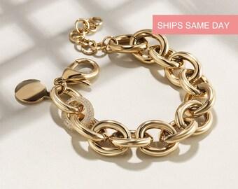 Vintage Monet Goldtone Link Bracelet FREE SHIPPING US