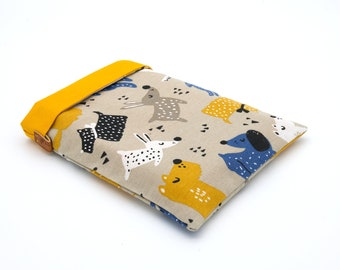 Large-format yellow and blue dog book pouch