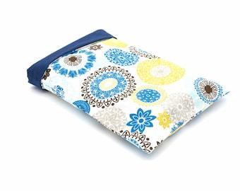 Flowery pocket book pocket