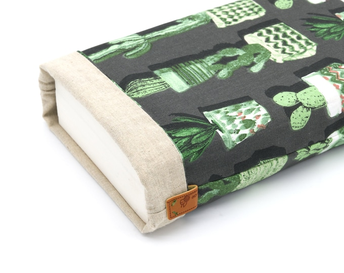 Cactus large-format book pouch