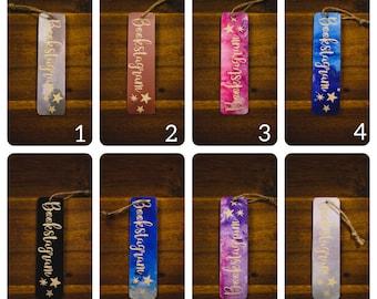 Wooden bookmark and vinyl star pattern bookstagram