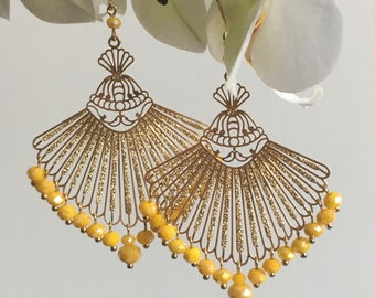 ZELIE yellow, imposing earrings clips or sleepers, golden fan print lined with small yellow beads with faceted colors