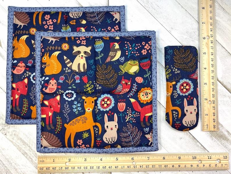Handmade Pot holders /& Pan Handle Cover; Handmade; Hot pad; Skillet Sock; Potholders; Boho Woodland; Forest; Deer; Fox;Owl;Squirrel 3PC Set
