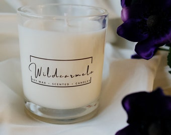 Dark Amber & Ginger Lilly scented Soy Candle - 100% Vegan