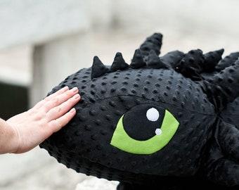 Dragon. Very big dragon. Train your dragon. Black. Soft toy. Halloween print.