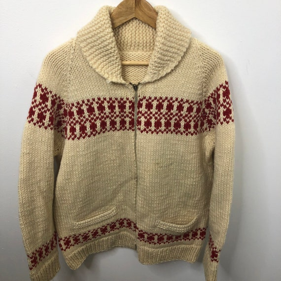 Vintage 60's Hand Knit Wool L Curling Sweater Chun