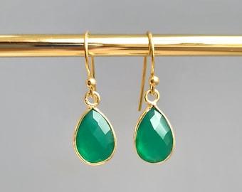 Copper Earrings Hand Carved Stone Earrings Green Onyx Earrings Geometric Earrings Electroformed Earrings Leaf Earrings Onyx jewelry