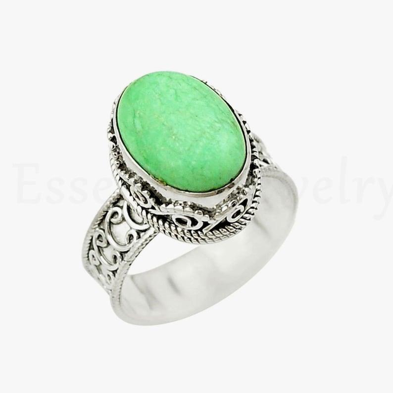 Cabochon Gemstone Handmade Ring Silver Bezel Designer Ring Gift For Mom Sis Vintage Design Ring Variscite Gemstone Ring Oval Gemstone