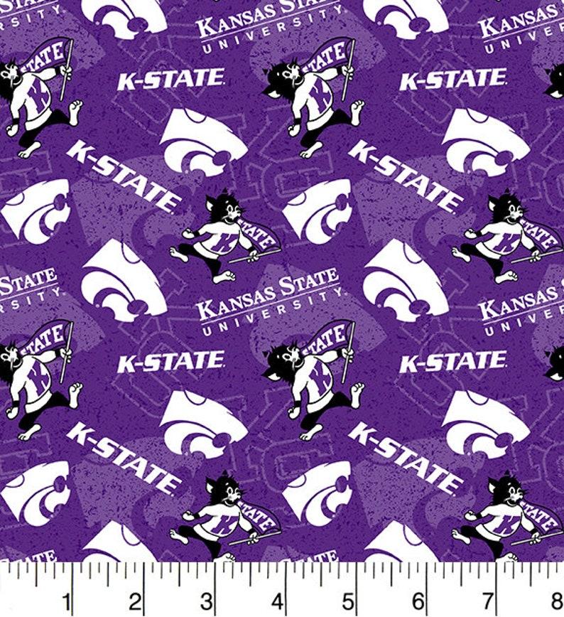 Sold by the Yard Kansas State University Cotton Fabric-Kansas State Wildcats Tone On Tone 100/% Cotton Quilting Fabric-SYKEL KSU1178
