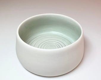 Tea light holder in white porcelain / inside pastel green glazed / candle / ceramic / gift / Christmas / favorite piece / birthday