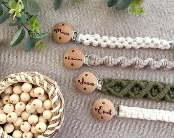 Macrame pacifier chain with engraved clip