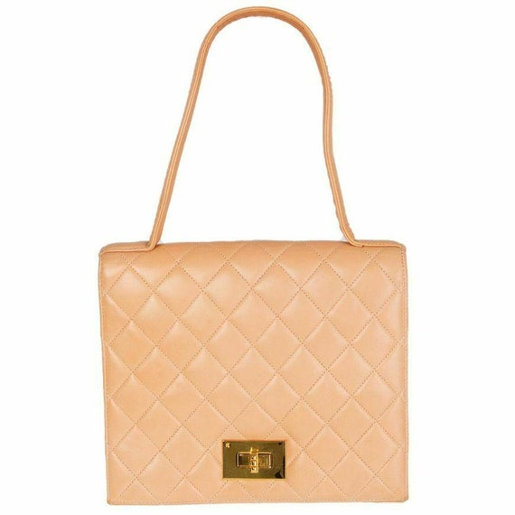 57809 auth CHANEL pale salmon pink quilted leather