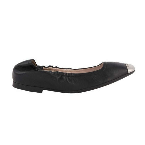 52675 auth BALLY black leather & silver Ballet Fla