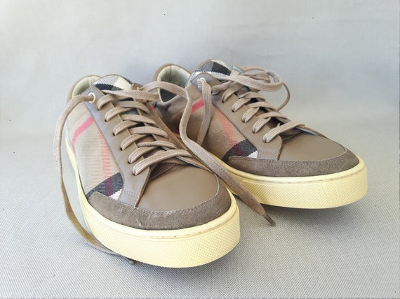 Vintage Men's Burberry Shoes.