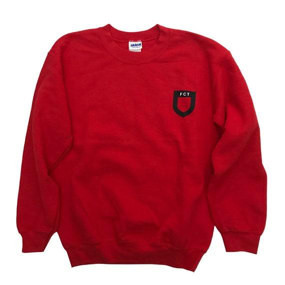 00's Merch Gildan sweatshirt