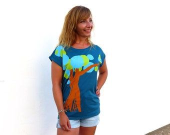 Scoop neck tshirt, tree shirt design, organic cotton top, ethical t shirt, blue tshirt, rolled sleeve, loose fit top, artsy clothing