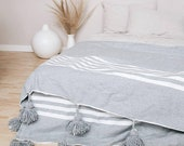 Moroccan pompon cotton blankt 100 cotton
