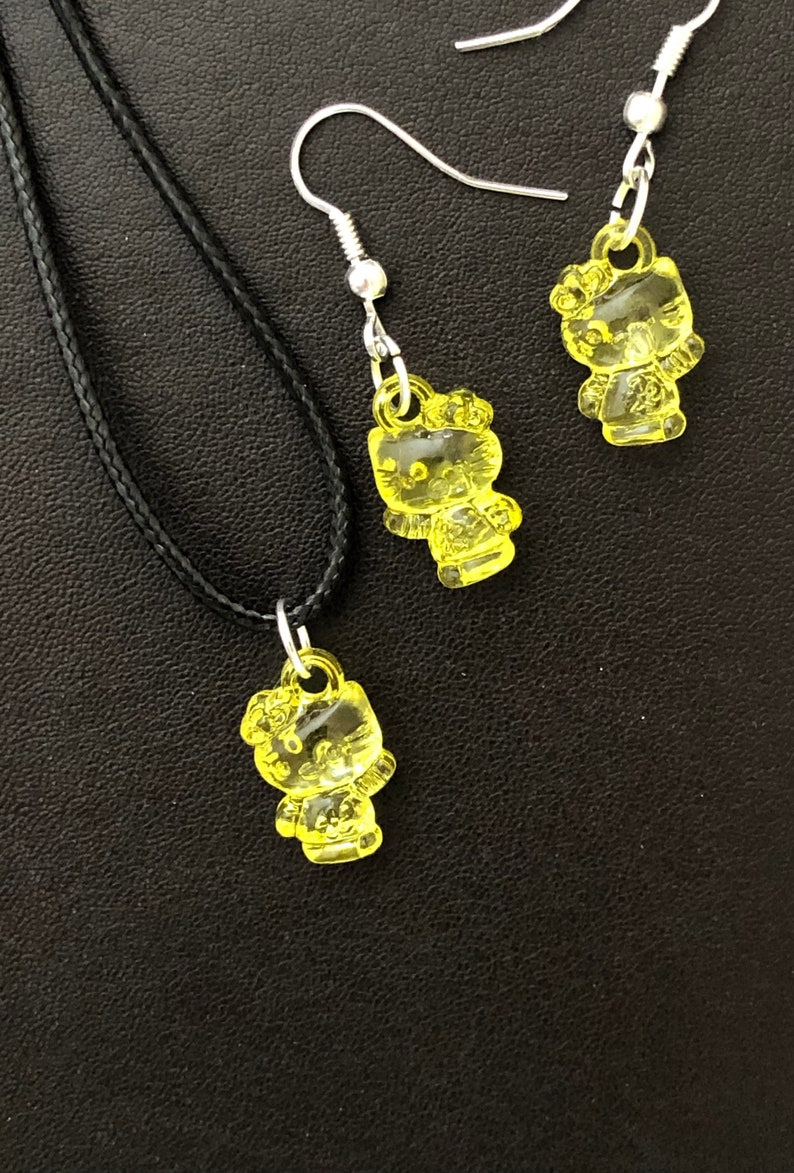 unique Yellow Hello Kitty Earrings /& necklace set cute handmade