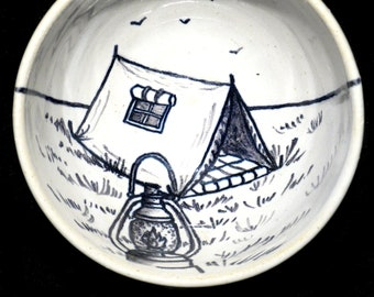 Bowl wire running retro camping tent and oil lamp
