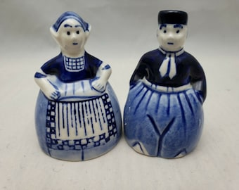 Vintage Dutch Boy and Girl Made in Holland Blue Delft Salt and Pepper Shakers Kitchen Decor Blue and White Salt Shaker Collectible Salt