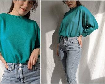 Cozy vibrant turquoise teal sweater crewneck green retro