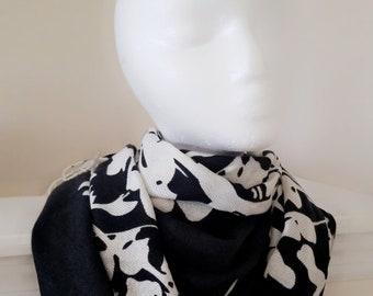 Women Wraps Head Cover BOHO Chic Clothing Spring Festival Gifts for her Pashmina Scarf Black Pashmina Shawl Bohemian Scarf Black Hijab