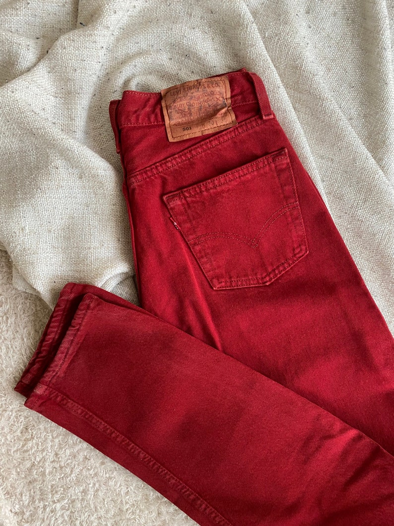 Vintage Levi/'s 501 in red high waist 90s