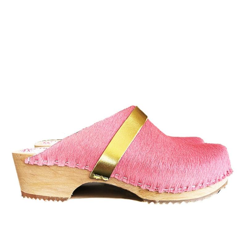 \u00c5re pink cowhide gold clog