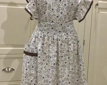Handmade, made to order ruffled  100% cotton  Victorian Vintage full Apron!