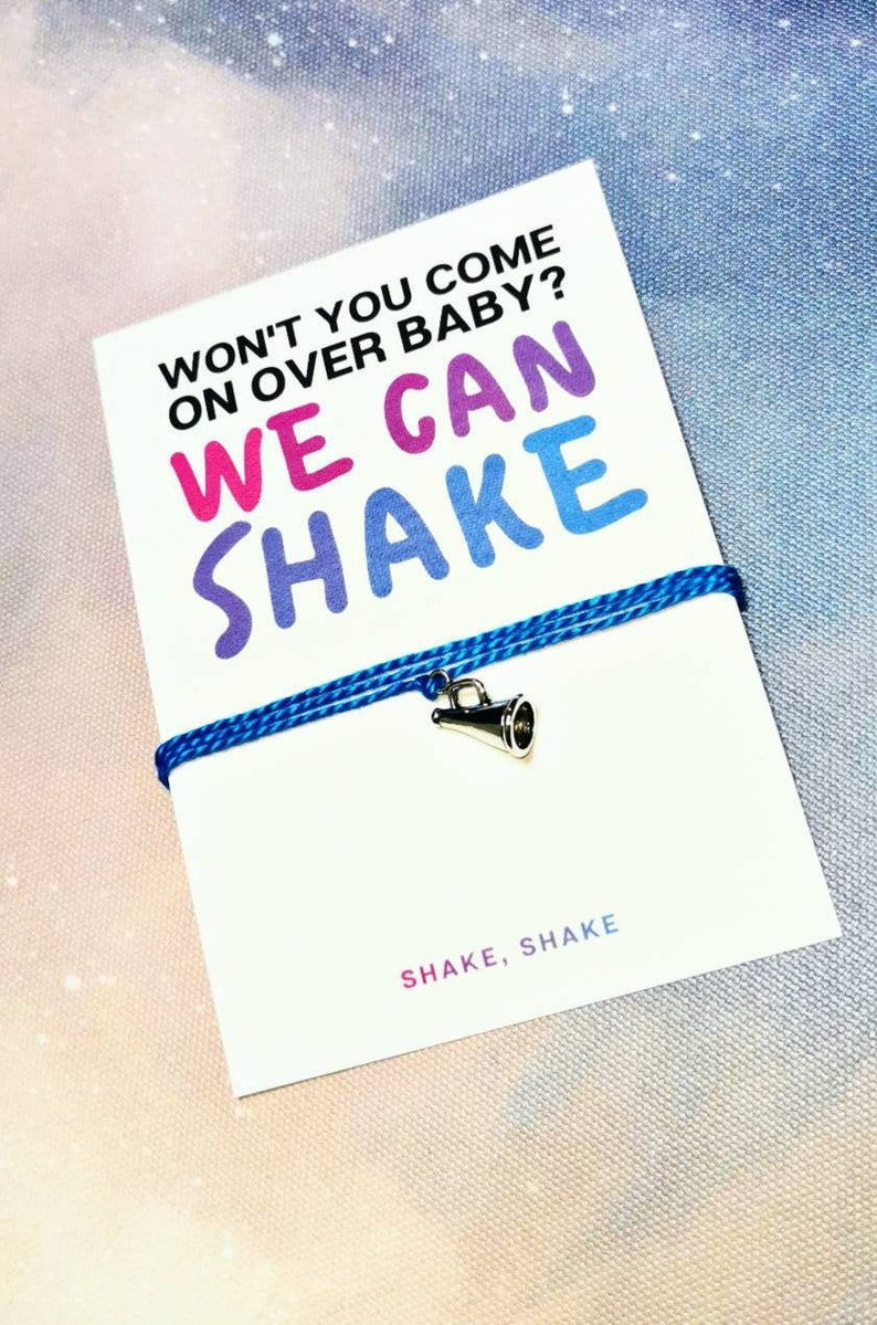 shake Shake It Off: Won/'t you come on over baby? We can shake Taylor Swift 1989 Charm Bracelet shake
