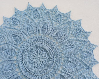 Round doily blue 15 inch