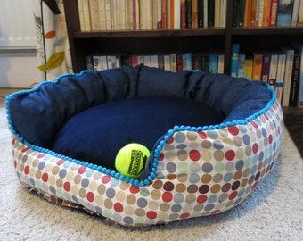 Medium round bed.