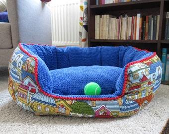 Medium Oval bed.