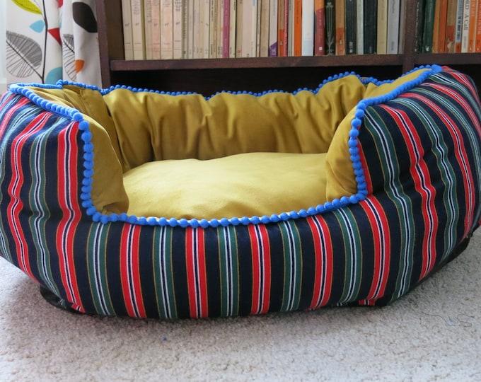 Medium Oval bed different designs.