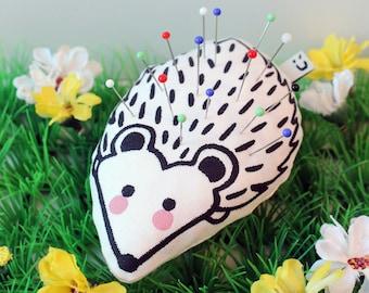 Hedgehog handprinted pincushion | Upcycled handmade pin cushion | Sewing accessories | Organic cotton | Screenprint | Gift
